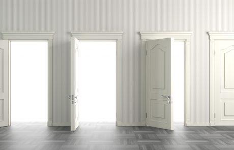 דלתות פנים במבצע כולל התקנה