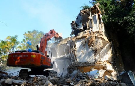 """תמ""""א 38 ברמת גן:""""אפריקה 38"""" הרסה בניין ברח' חרות בשכונת הגפן"""