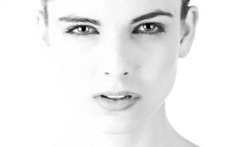 """ניתוחי פנים עם ד""""ר ליאורה הולנדר"""