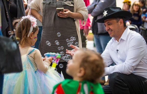 כ-30,000 איש חגגו בפסטיבל פורים ברמת-גן בסימן האירוויזיון