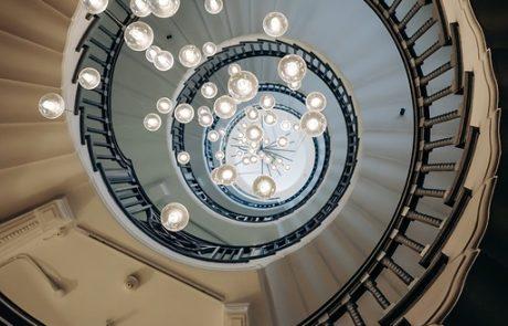 יצירת מרחב חמים ונעים בבית על ידי תאורה – ככה תעשו זאת!