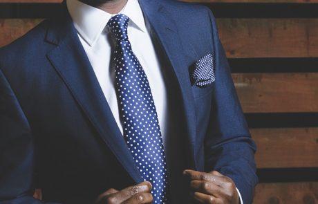 חליפות גברים – מדוע משתלם לקנות בחנות ולא דרך אתר אינטרנט?